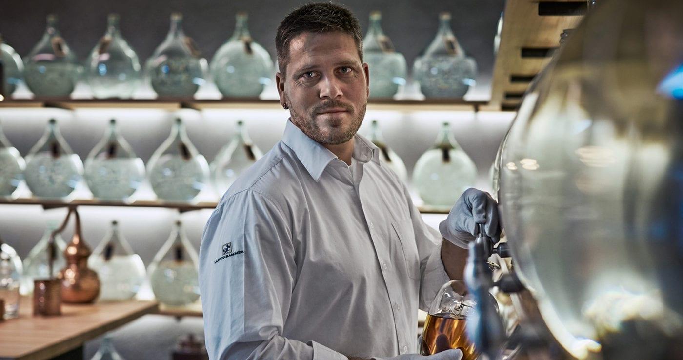 Destillateurmeister Geschäftsführer bei Lantenhammer